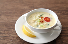小松菜と高野豆腐のヨーグルトスープ